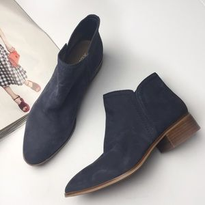 NWOB Aldo Blue Gweria Ankle Boot
